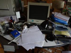 a neat workplace?